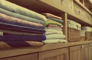 Fresh towels with cleaning services Atlanta