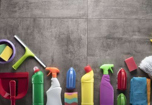 How long should it take to clean a house