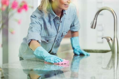 How do you keep your countertops clear